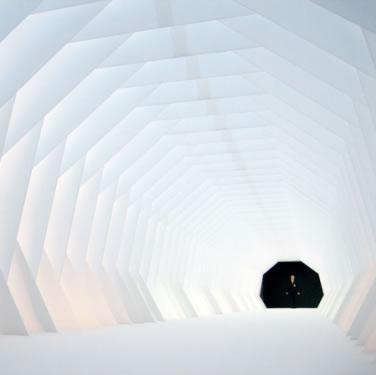 007隧道效果